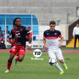 Igualdad y derrota por penales ante la Liga Alajuelense de Costa Rica
