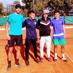 Tenis: amplio triunfo en la Primera de varones
