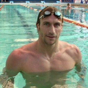 José Meolans realizará una clínica de natación en el club