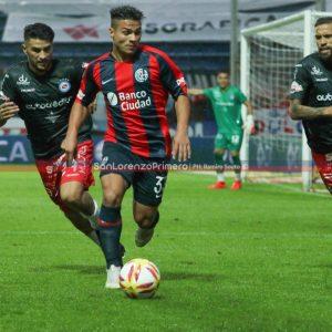 Alexander Díaz se resintió de su lesión