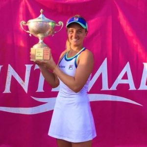 Nadia Podoroska se consagró campeona en Francia