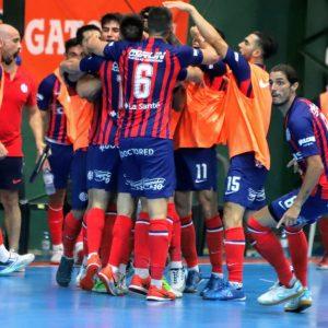 San Lorenzo se lo dio vuelta a Ferro y clasificó a semifinales